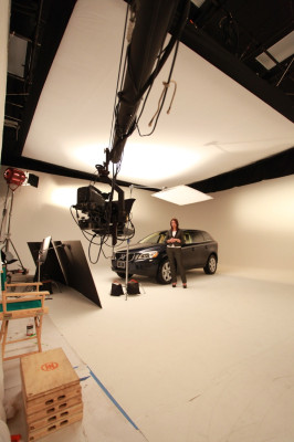 Volvo using the Jimmy Jib crane